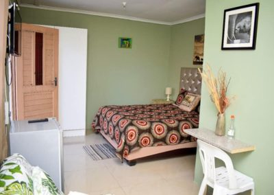 Zufike Self Catering Elephant Room